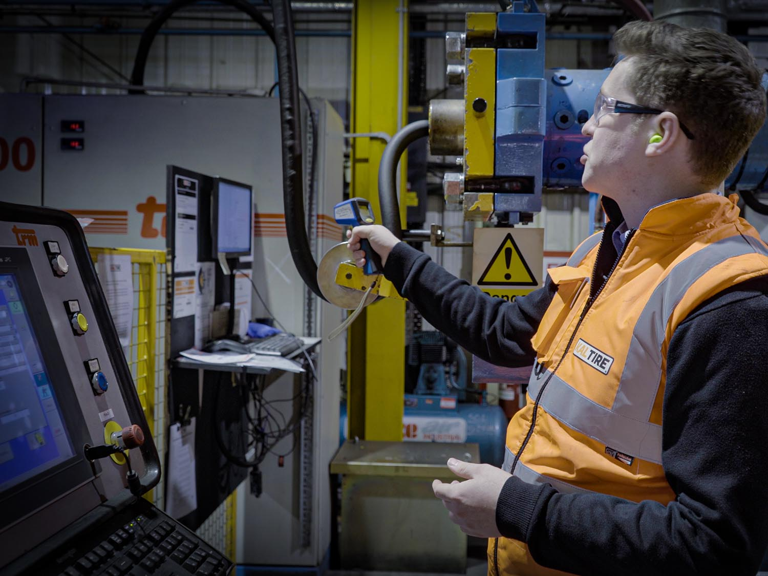 Jobs Tracking in Factory